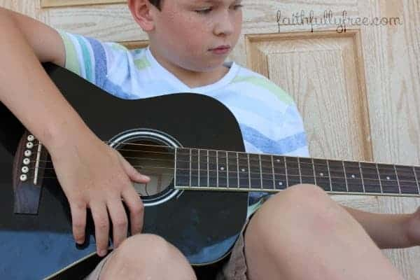 teaching-your-child-to-play-an-instrument