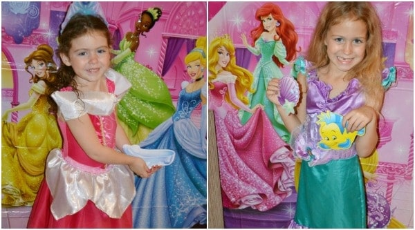 Disney-Princess-Photo-Booth-With-Props