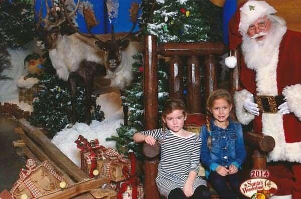 Santa-Pictures-Bass-Pro-Shops-Free