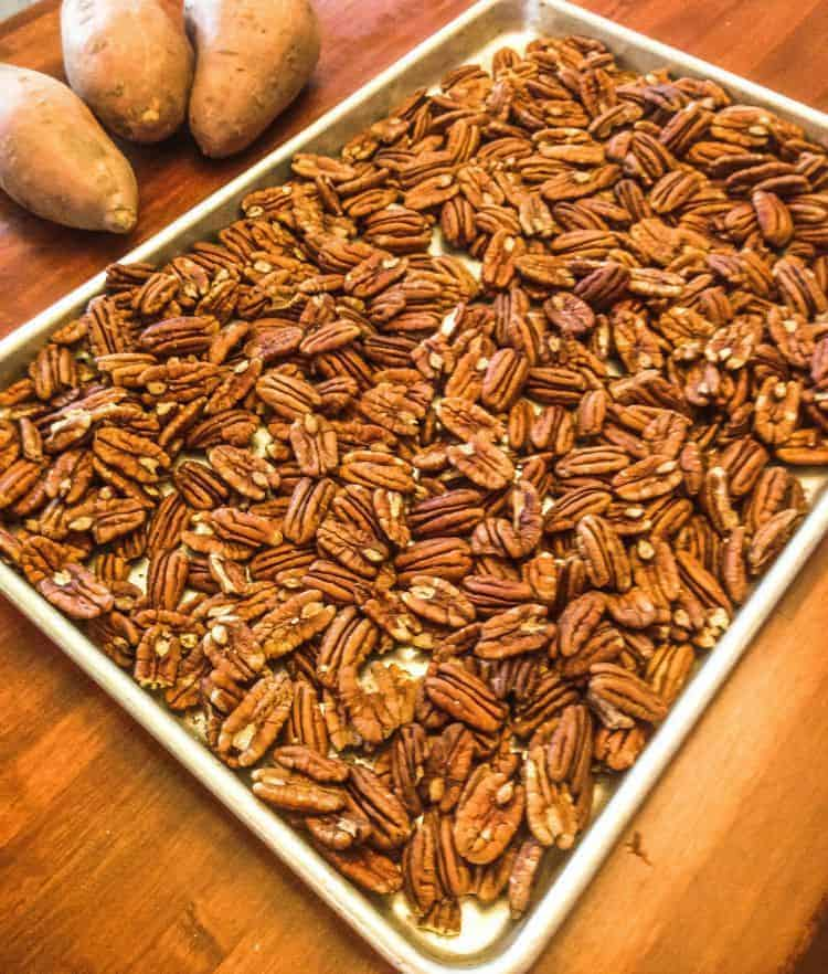 How to make pecan butter. Start by gathering your ingredients.