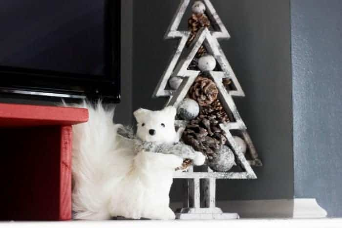 Christmas Mantel Decor - Woodland Creatures