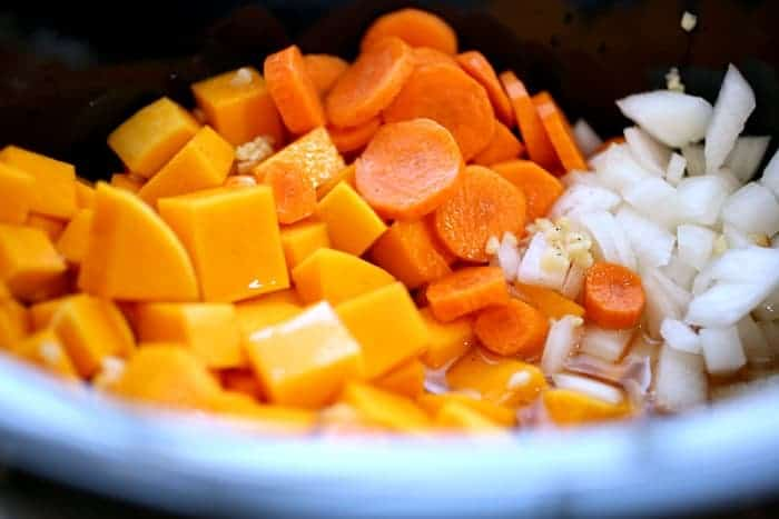 thanksgiving-squash-soup-crockpot