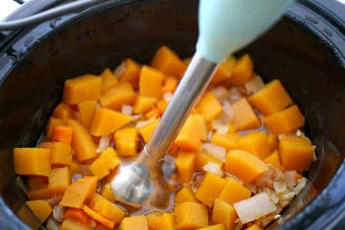 thanksgiving-squash-soup-recipe-hand-blender